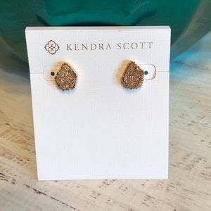 Kendra Scott Tessa earrings in rose gold drusy